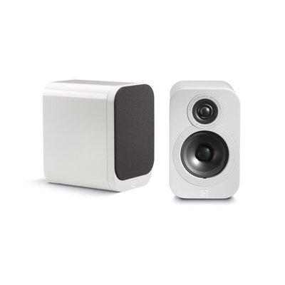 Q acoustics 3010 white