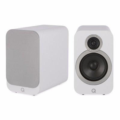 Q Acoustics 3020i wit